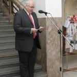 K účastníkům promluvil  prof. PhDr. Ivan Jakubec, CSc., prorektor UK pro doktorské studium a akademické kvalifikace