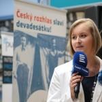 Bc. Lenka Kaloušová, kurátorka výstavy, měla na starosti výběr fotografií a koordinaci práce na textech a tématech
