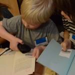Malí knihovníci si vyzkoušeli načítání čárových kódů