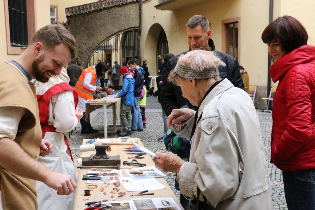 Mezinárodní den archeologie (3)
