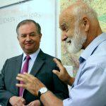 zleva: velvyslanec Mexika J. E. p. Pablo Macedo Riba, prof. Josef Opatrný