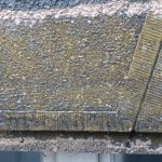 omytí nástřiku ze 70. let: objevují se prvky fasády a členění