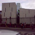 Usher Library v Trinity College, pohled z ulice