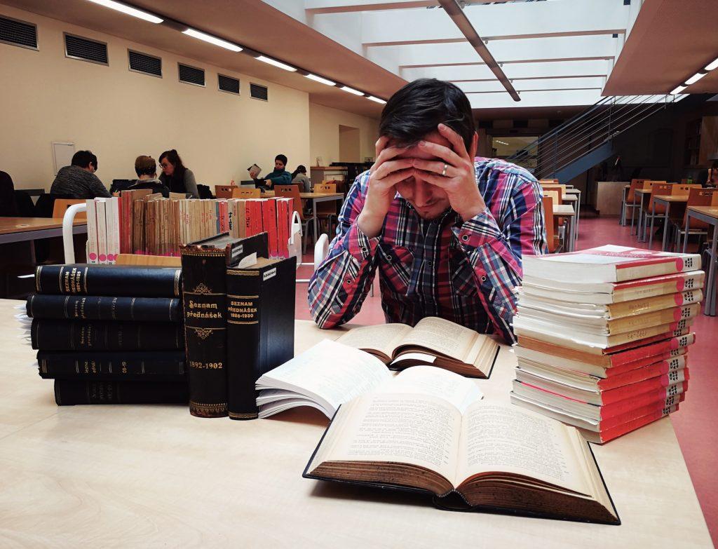 Digitalizace karolinek usnadní práci jak badatelům, tak knihovníkům